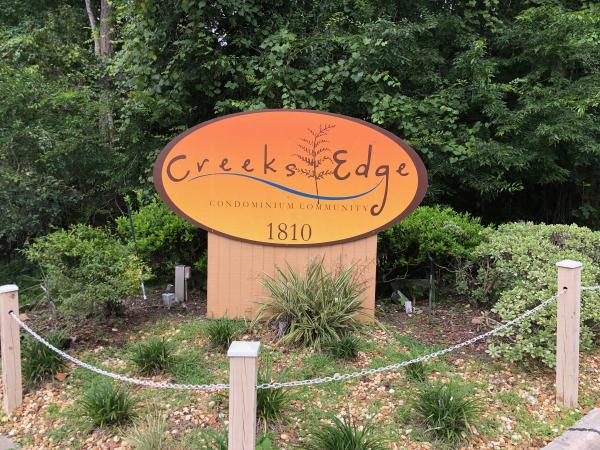 Creeks Edge